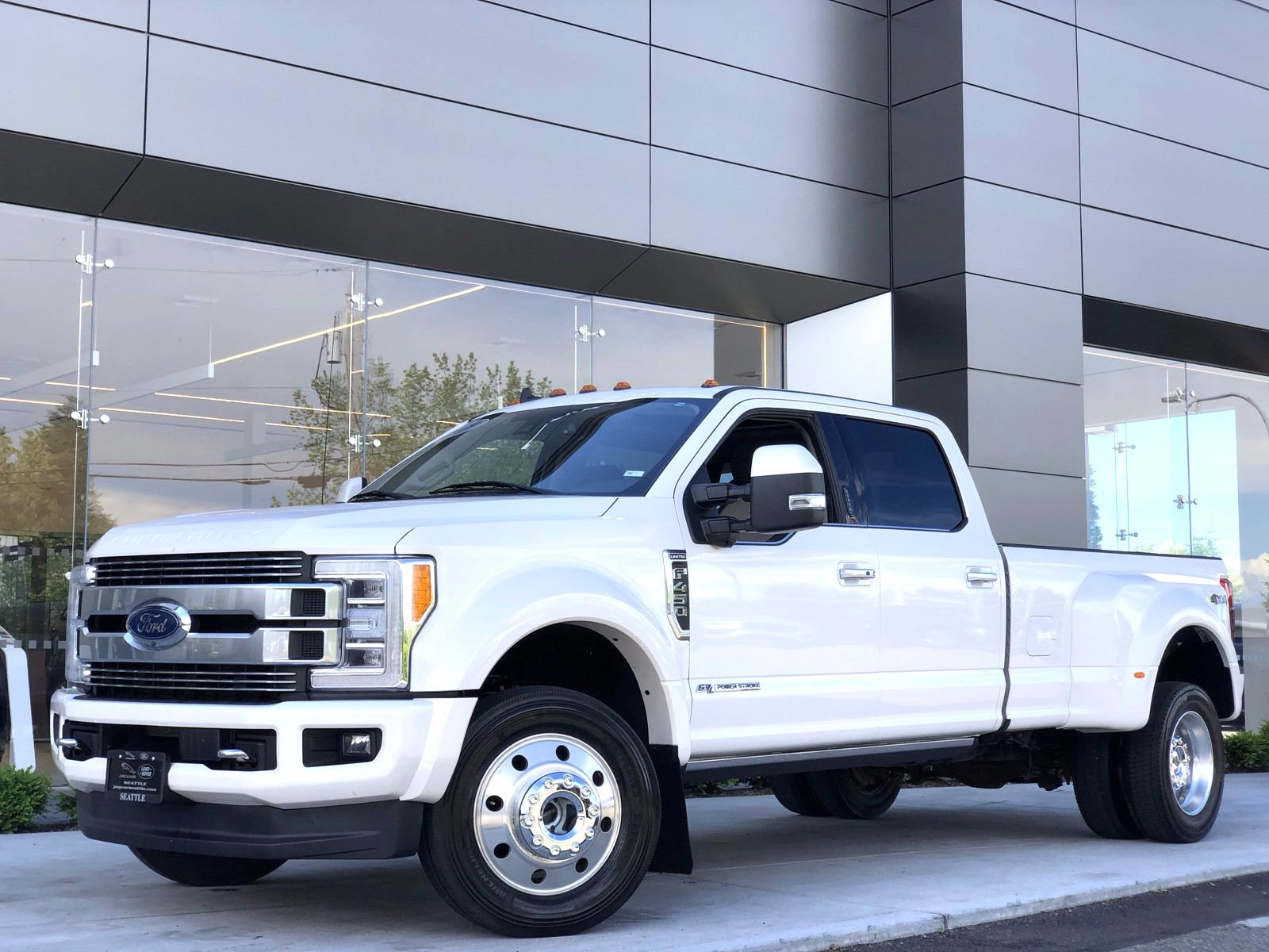 Pre-Owned 2019 Ford Super Duty F-450 DRW Limited