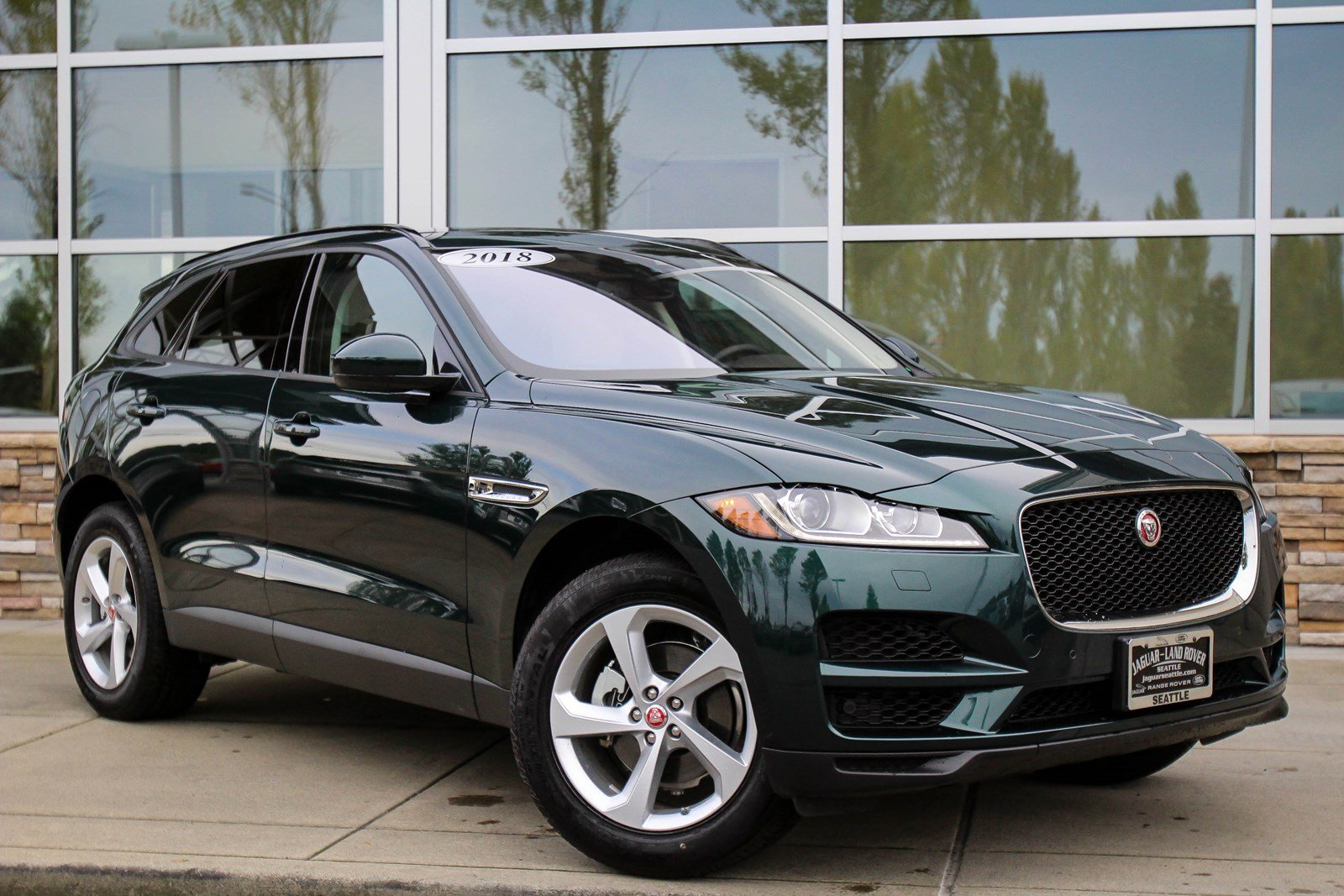 pre owned 2018 jaguar f pace 25t premium sport utility in bellevue s10655 jaguar bellevue. Black Bedroom Furniture Sets. Home Design Ideas