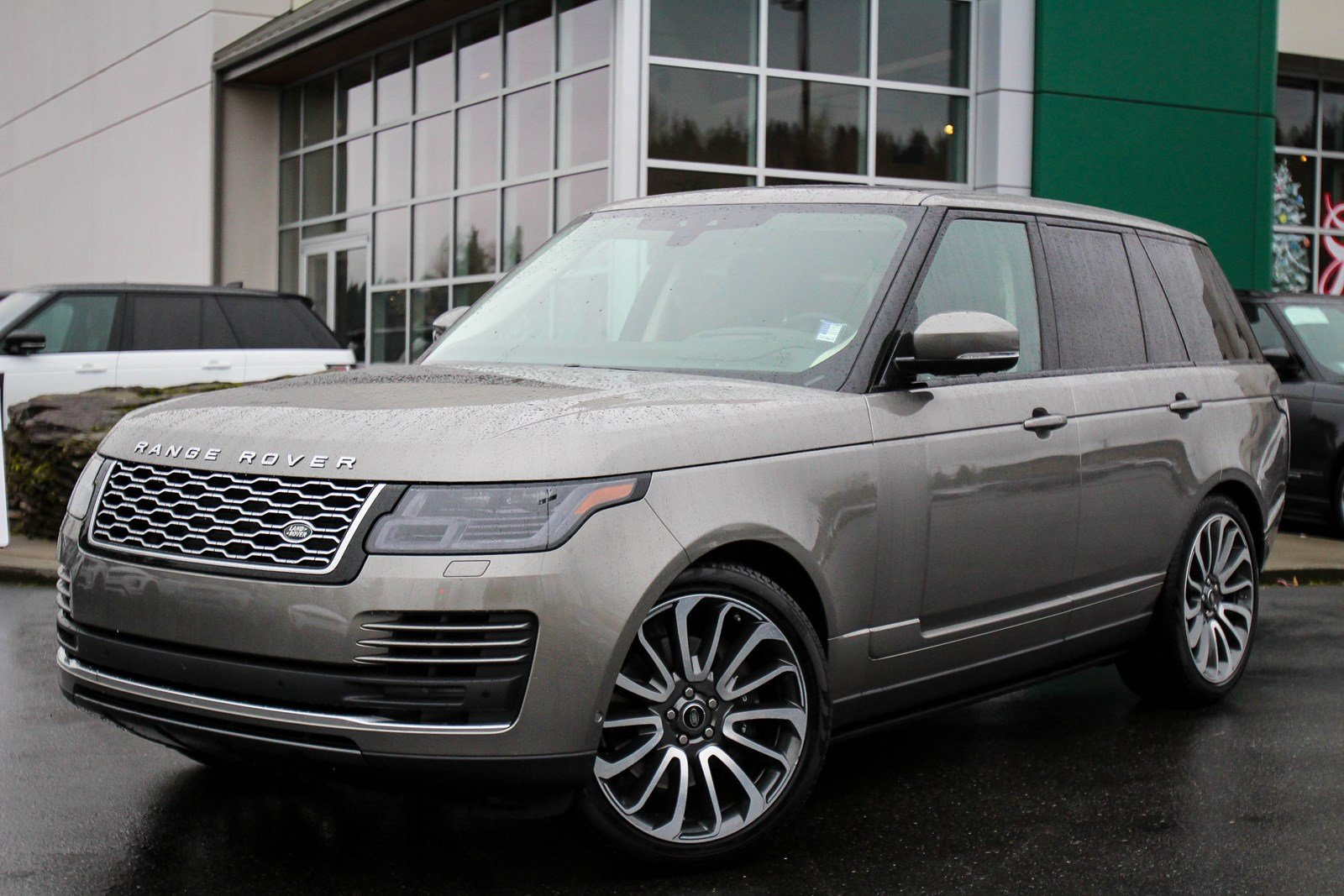 Pre-Owned 2020 Land Rover Range Rover P525 HSE